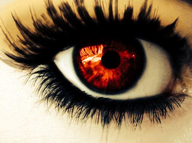 ballerinan med de röda ögonen
