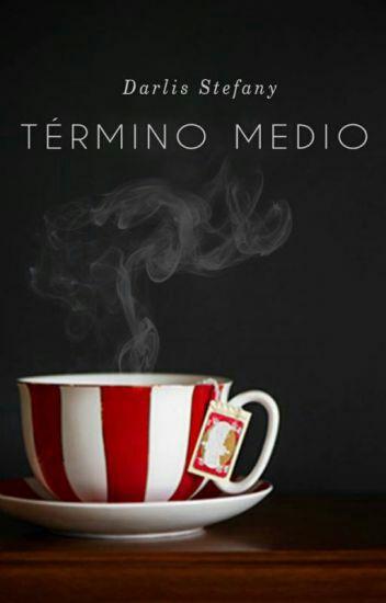 Término Medio (Saga InfoNews 1) de Darlis Stefany
