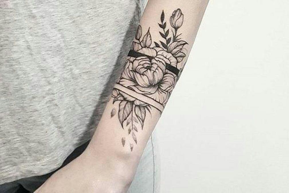 tattoos citations tome 1 corsage fleur bracelet. Black Bedroom Furniture Sets. Home Design Ideas