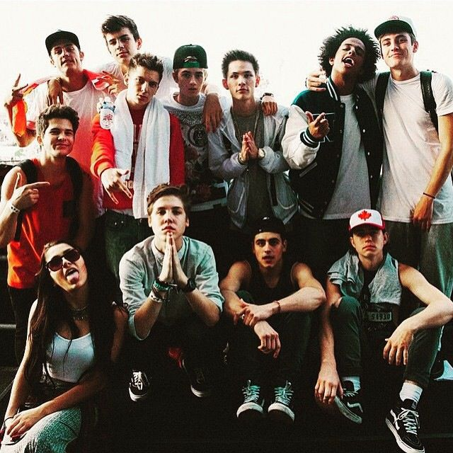 old magcon integrantes wattpad