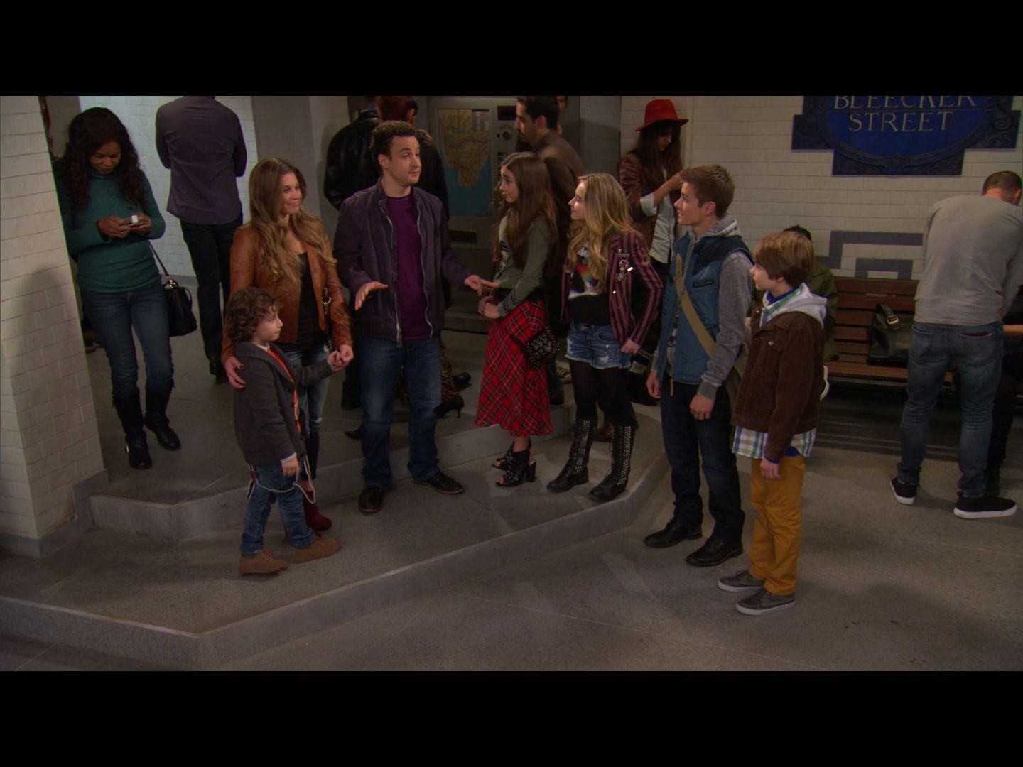 girl meets world 1961 cast Riley and maya are anxious to begin eighth grade and have a new teacher who isn't riley's father meanwhile, mrs svorski asks topanga to take over the bakery.