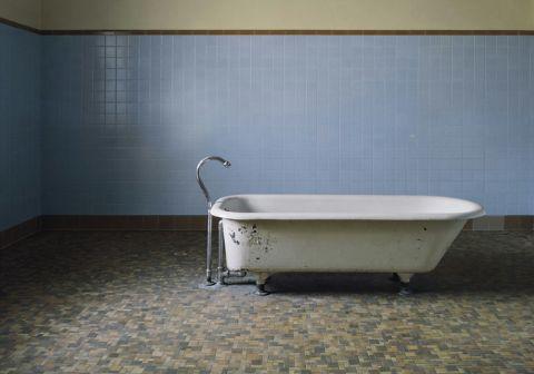 Tappo Della Vasca Da Bagno In Inglese : Creepypasta ☆ vasca da bagno wattpad