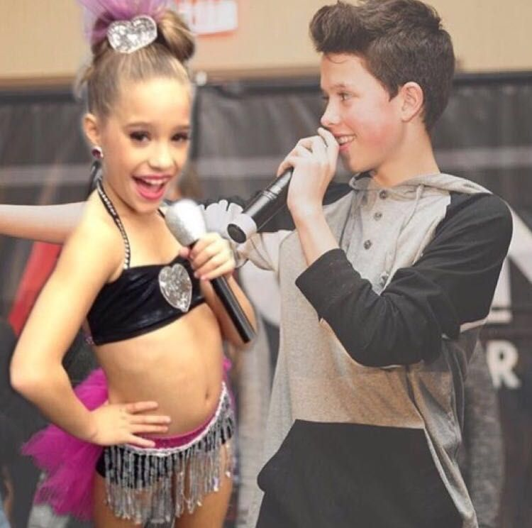 Mackenzie Ziegler And Jacob Sartorius Love Story