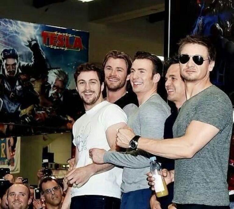 Avengers Imagines - Caught in The Act [Pietro Maximoff] - Wattpad