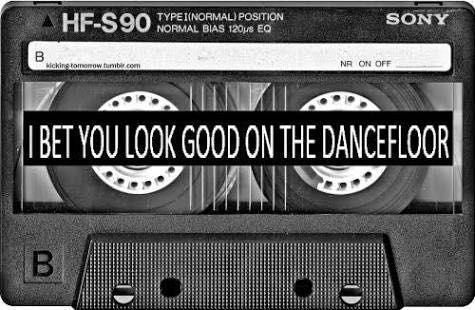 Arctic monkeys lyrics i bet that you look good on the dancefloor super bowl betting topics to talk