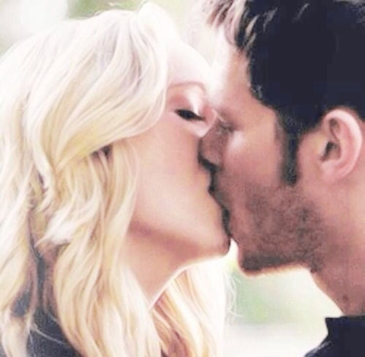 Klaus and caroline all kisses
