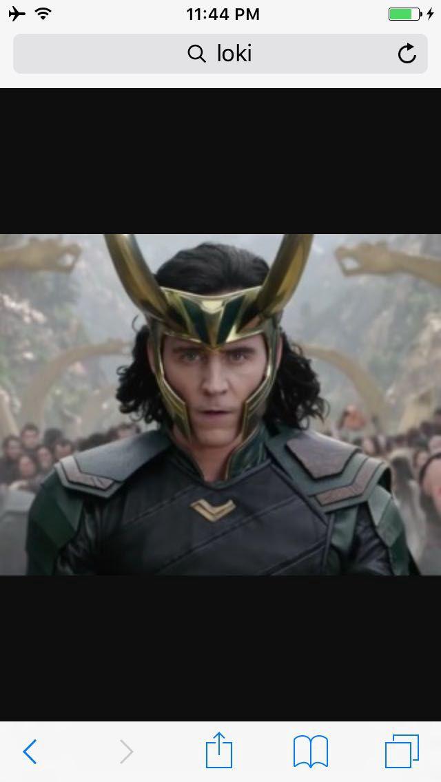 Avengers x reader chatrooms & imagines - Secret love-Loki