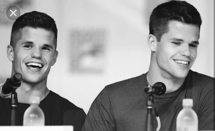 Guys I Think That Are Gorgeous - Charlie And Max Carver ...