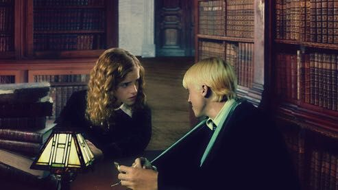 Harry Potter- One Shots (Smut) - Draco Malfoy x Hermoine Granger