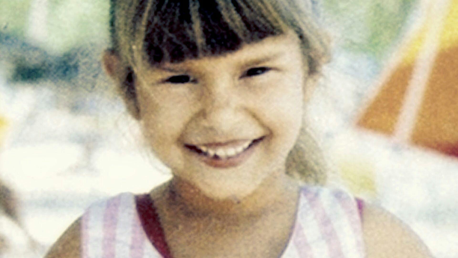 Claire Foy (born 1984) picture