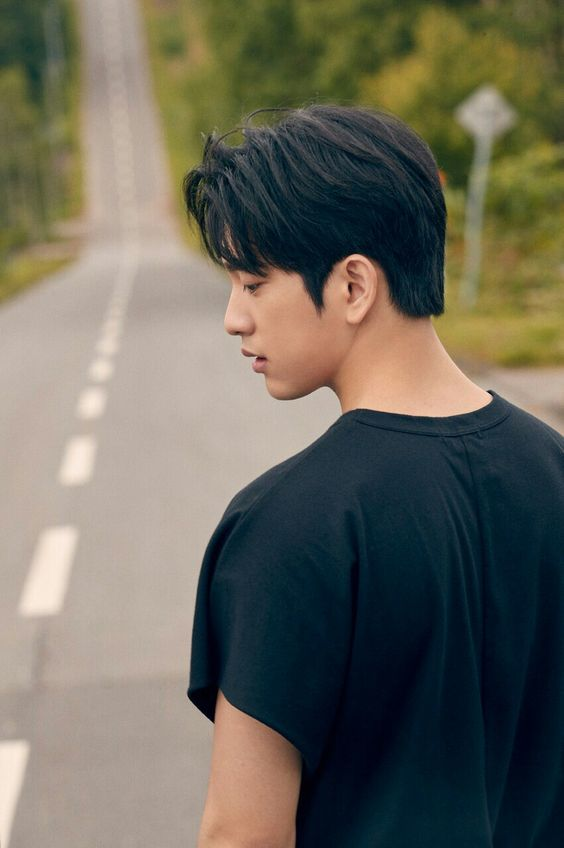 𝓖𝓞𝓣7 𝓘𝓶𝓪𝓰𝓲𝓷𝓮𝓼 ♡ - 78  First Glance {Jinyoung