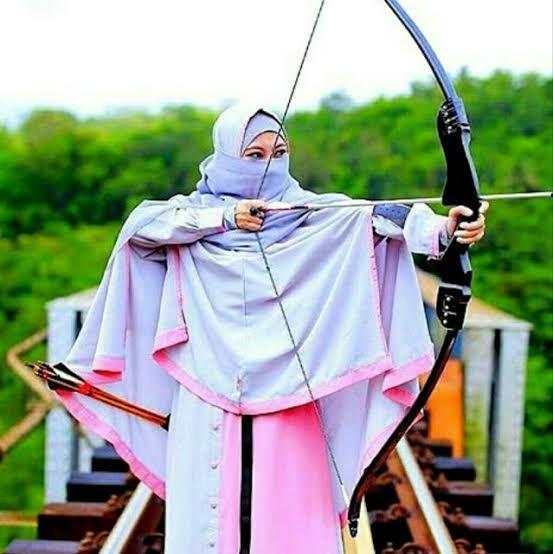 Muslimah Bercadar Memanah Hijabfest