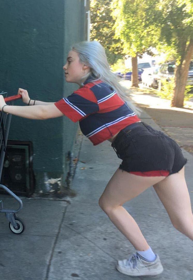 Ass eilish Billie Eilish