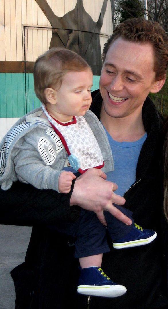 Tom Hiddleston Imagines - #9 - Wattpad